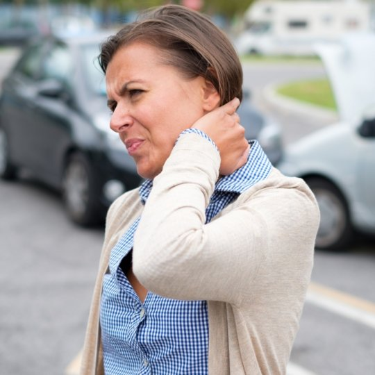 Whiplash Injury: Causes, Symptoms, Treatment and Exercises
