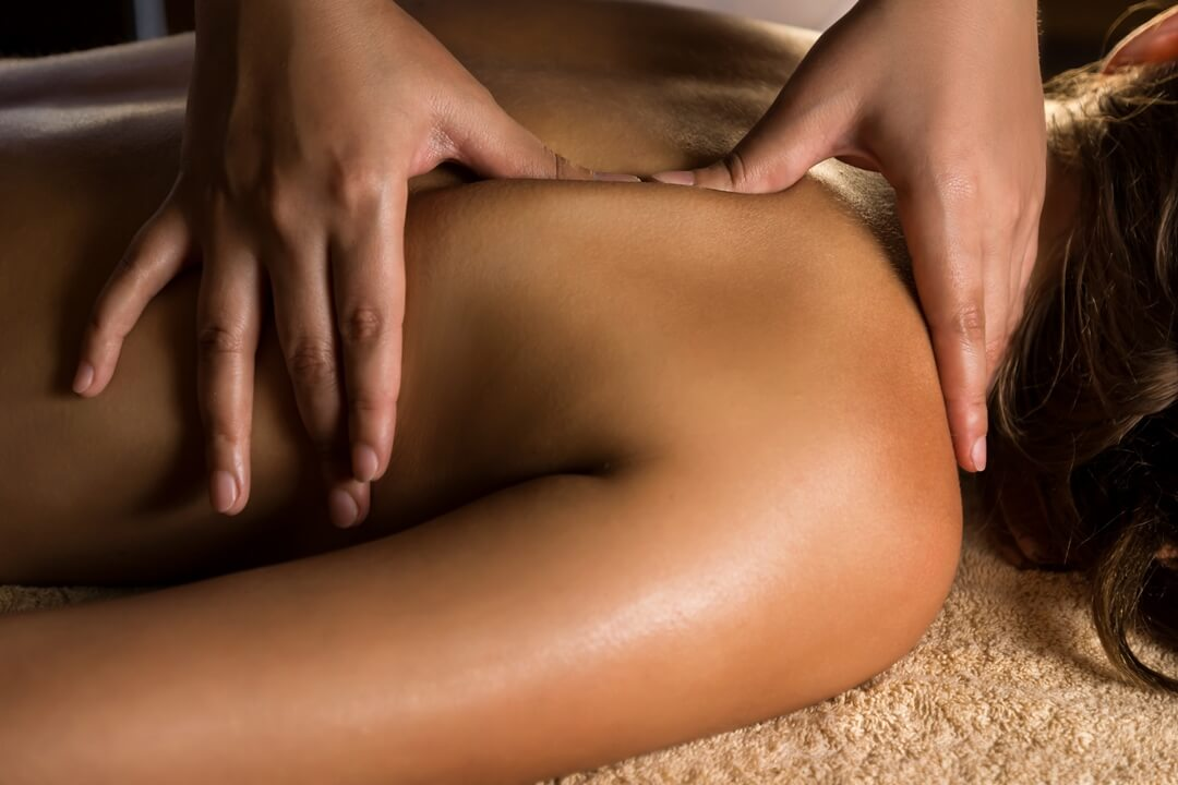 manual-therapy-shoulder-massage-toronto.jpg